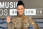 Katy Perry wore a grill that says 'ROAR' at the MTV Video Music Awards. Photo / AP
