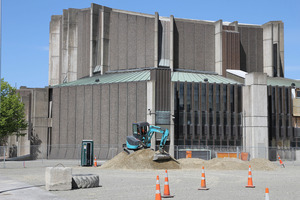 The earthquake damaged Christchurch Town Hall. Photo / Geoff Sloan