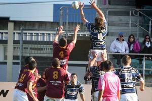 Steelform Wanganui spent Tuesday night drilling hard on the lineout and scrum, which let them down against King Country last Saturday. PHOTO/BEVAN CONLEY