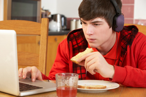 Facebook can influence teenagers' health choices.Photo / Thinkstock