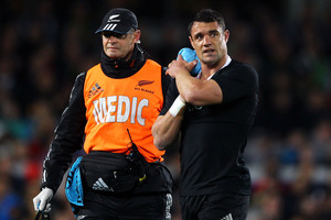 All Black Dan Carter leaves the field. Photo / Getty Images