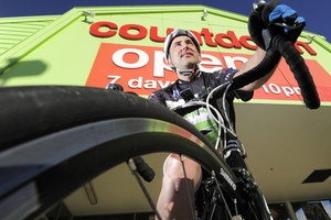 Keith Whiteman stopped at Countdown Tauranga during his 230km bike ride to raise money for the Countdown Kids Hospital Appeal.Photo/George Novak