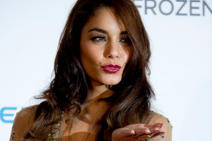 Vanessa Hudgens says she was licking chocolate off her fingers - not snorting cocaine. Photo / AP
