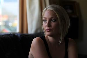 Young mother Rhozie Edmonds raised $70,000 to undergo brain surgery in Sydney. Photo / Bay of Plenty Times