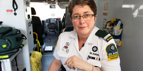 St John intensive care paramedic Helen Bickers. Photo / Martin Hunter