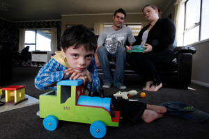 Tom and Kazia Guy's four-year-old son Deandre suffers from severe asthma . Photo / John Stone