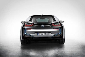 The rear of the BMW i8.