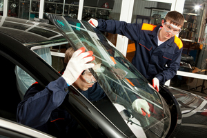 Dirty windscreens can be cleaned with a mixture of water and vinegar and dried with a microfibre cloth. For bigger cracks the windscreen needs to be replaced.