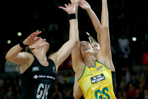 Leana de Bruin of the Silver Ferns (L) and Caitlin Bassett of the Diamonds (R) contest the ball during game two of the Constellation Series. Photo / Getty Images