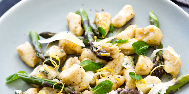 Fresh Gnocchi with Blue Cheese. All props photographer's own. Photo / Babiche Martens