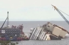 Italian authorities gave the final go-ahead for a daring attempt to pull upright the crippled Costa Concordia cruise liner from the waters off Tuscany, a make-or-break engineering feat that has never before been tried in such conditions.
