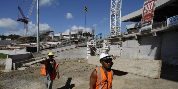 Labouring, construction and building job offers are soaring the Seek online job site. Photo / NZ Herald