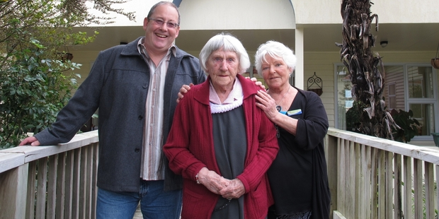 Kauri Lodge resident Bonnie Hoult with Whangaroa Health Services Trust chairman Brendan Tuohy and health centre receptionist (and Bonnie's daughter) Kaye Usmar. Photo / Peter de Graaf
