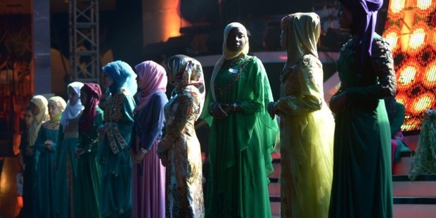 Contestants of the Muslimah World pageant take part in a rehearsal for the grand final of the contest in Jakarta on September 18, 2013. Photo / AFP