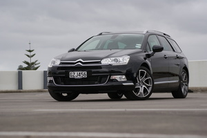 There's still plenty of Citroen idiosyncrasy in evidence in the interior of the Citroen C5 V6 Tourer.Pictures / David Linklater
