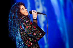 Lorde, wearing a Coop by Trelise Cooper coat, at the iHeart Radio concert at Vector Arena. Photo / Chris Loufte