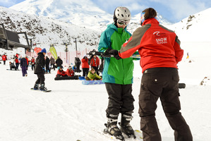 Skiers takes a lesson on opening day Turoa Skifield on Mount Ruapehu. Photo / Malcolm Pullman