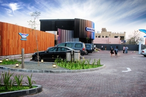 BurgerFuel customers can stay in their air-conditioned cars at the Dubai drive-through.