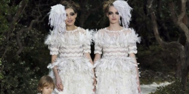 Loading Chanel by Karl Lagerfeld Haute Couture Spring-Summer 2013.Photo / AFP