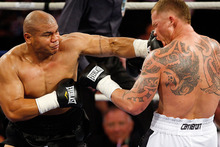 David Tua sent Shane Cameron to the canvas in their 2009 fight. Photo / Getty Images