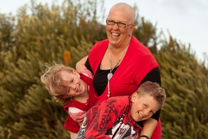 Miffy Jones, here with children Guinevere and Gwyllym, lost her battle with breast cancer last year.