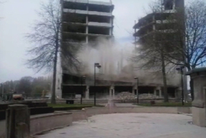 The Copthorne Hotel in Christchurch collapses, leaving the outside walls standing. Photo / 3 News