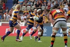 Steamers replacement No8 Joe Tupe passes to Beau Robinson against Waikato.
