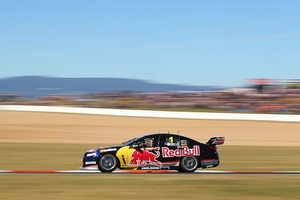 Defending champion Jamie Whincup claimed the provisional pole position during qualifying for the Bathurst 1000. Photo / Getty Images