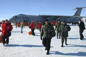 File photo of passengers disembarking a United States Starlifter jet at McMurdo Sound, Antarctica. Photo / NZ Herald