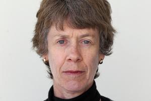Dr Christine Cheyne