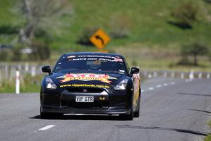 Defending Targa champ Tony Quinn and co-driver Naomi Tillett in the Nissan GT-R35