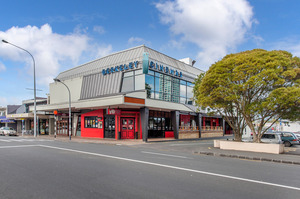 The Berkeley Cinema building on Anzac St is at the heart of Takapuna's retail and business hub.