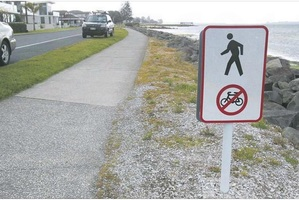A petition has been started to ban cyclists from Harbour Drive footpath.