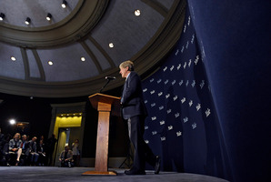 Economist, author and Yale University professor Robert Shiller speaks at a news conference yesterday.