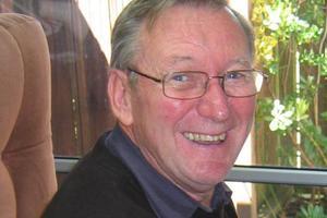 Dr Graham Robinson
