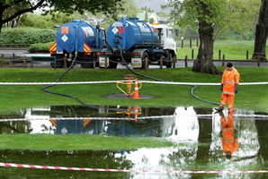Kowhai Park has been closed by leaking sewage.  Photo / Stuart Munro