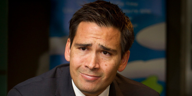 Tauranga MP Simon Bridges and John Campbell engaged into a fiery debate on Campbell Live that deteriorated quickly.