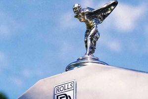 A classic 1974 Rolls Royce.