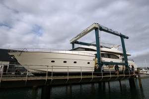 The new Travelift at Orams Marine Services in Westhaven easily handles a 26-metre motoryacht.