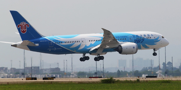China Southern Airlines say their 787s have not suffered the glitches which have occurred in other airlines' Dreamliner fleets.