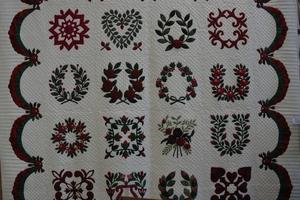 Probus Club member Elizabeth Judd's hand-stitched heirloom quilt.