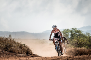 Nicky Samuels of NZ on bike leg of Xterra World Championships in Hawaii. Photo / Xterra/Nils Nilsen