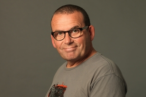 Paul Henry will go head-to-head with David Letterman on Prime.