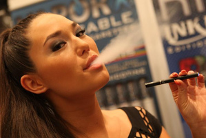 E-cigarettes heat a liquid nicotine solution to turn it into vapour.Photo / Creative Commons
