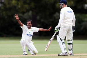 HOWZAT! Tarun Nethula successfully appealed the key wicket of Michael Papps.
