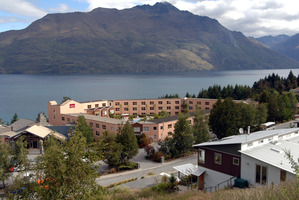 An Auckland landlord is offering a free trip to Queenstown as an incentive to rent his property. Photo / NZPA