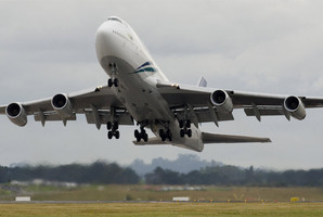 Residents in more Auckland suburbs have complained about overhead aircraft noise. Photo / file