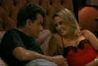 Charlie Sheen and Anna Hutchison in Anger Management.