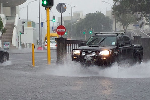 Heavy rain soon saw flash flooding around Auckland this afternoon. Photo / Anita Moon