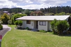 Carol Beaumont is linked to this Coromandel property.